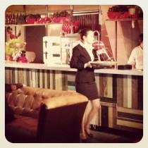 Demontabele bar met chesterfields La Vie Catering ontwerp Susan Burgers