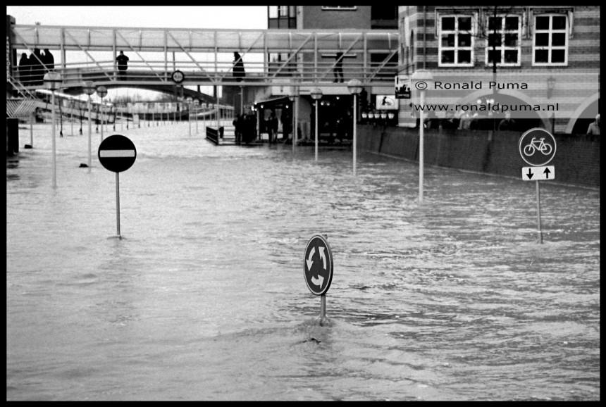 Hoogwater Waal Nijmegen 1993/1995